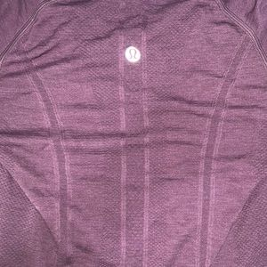 LULULEMON- Swiftly Tech Long Top (discontinued)